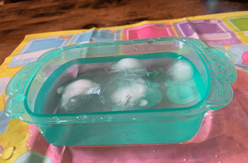 かえちゃOh!! まほうのペットやさん 氷水を準備